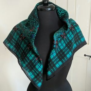 Accessories - Vintage Fashion Scarf